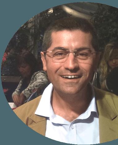 Toni Giacoia à votre service instructeur anglais FCL 055 anglais OACI coach professeur d'anglais ATPL traducteur relecteur ancien examinateur QRI pour améliorer votre anglais et faire des progrès par des cours ou formations